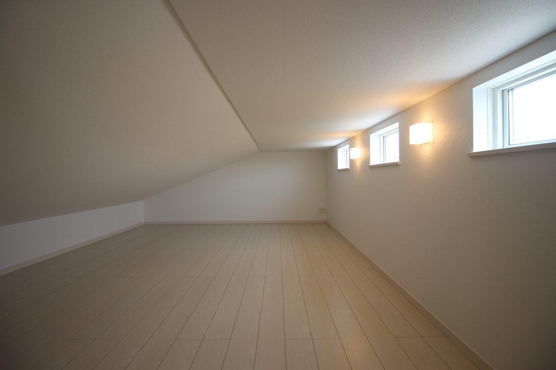 ロフト、屋根裏スペースです