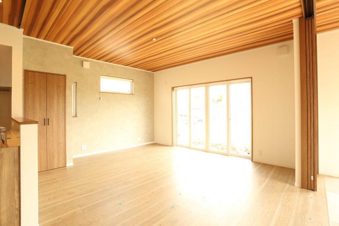 天井の木目がおしゃれです